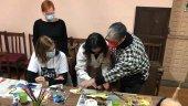 Éxito del taller de arte modular infinito en el Casino