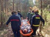 Los bomberos rescatan a dos personas en Urbión