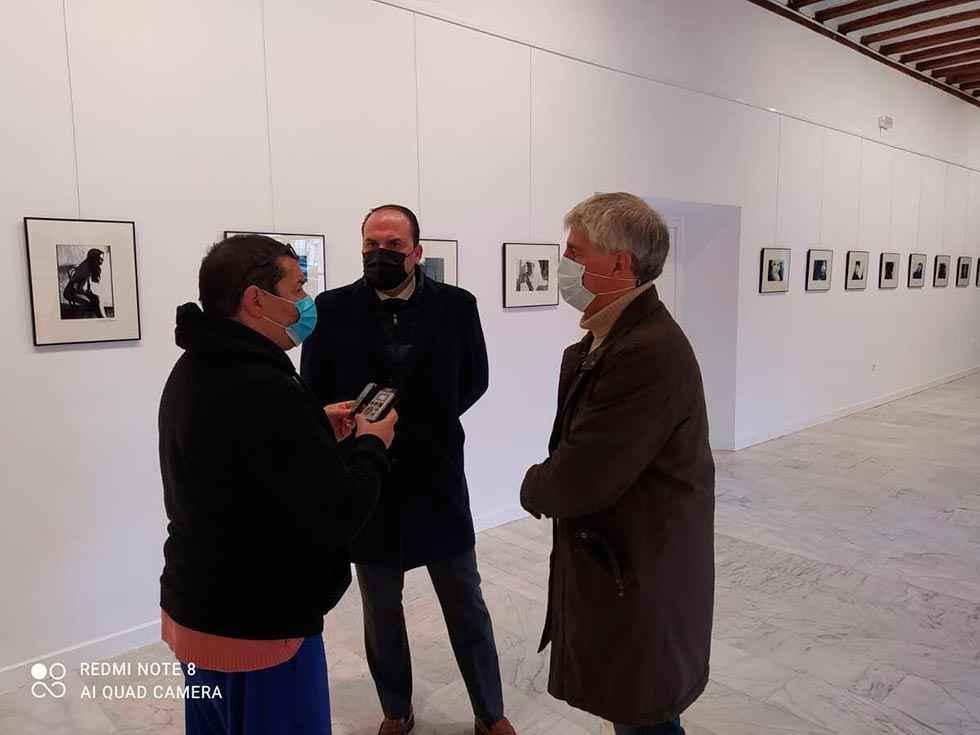 """""""Mujeres"""", una exposición de Esperanza Herranz"""