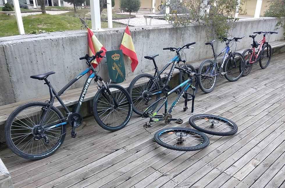Investigadas dos personas por hurto de 6 bicicletas