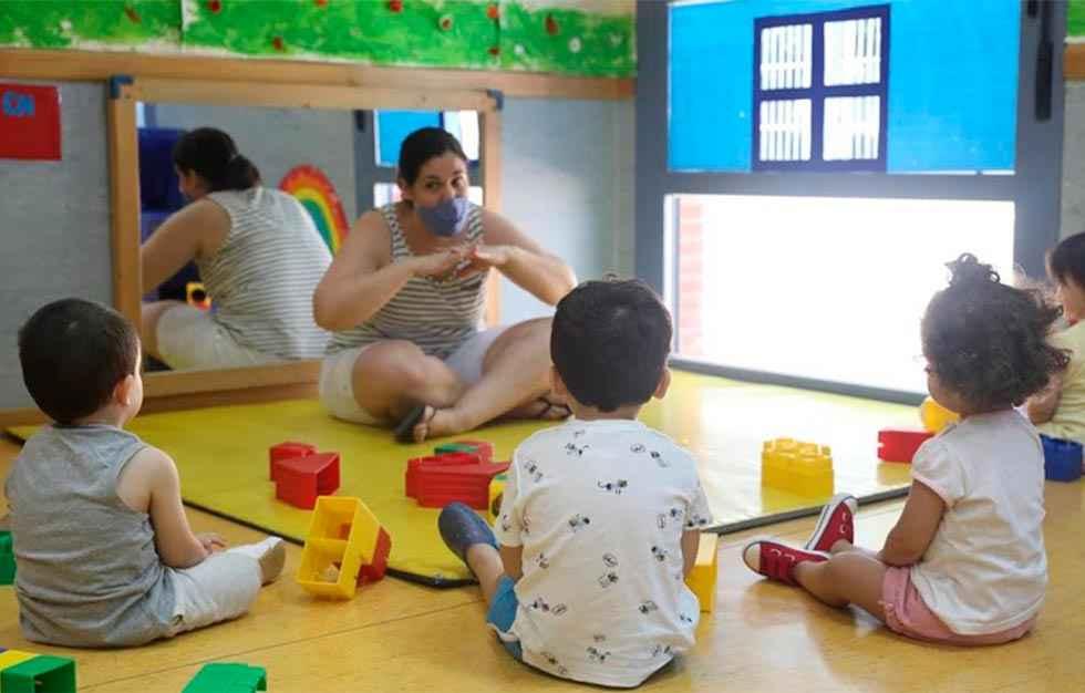 UGT urge vacunación de escuelas infantiles privadas