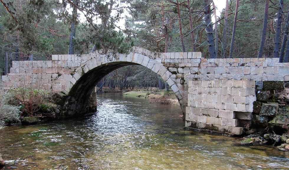 La Junta restaurará el puente de Santo Domingo