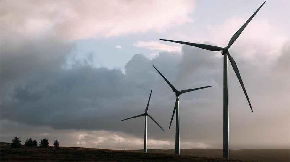 A información pública dos parques eólicos
