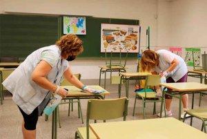 Piden a la Junta que asuma refuerzo de limpieza en colegios