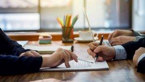 OCU advierte de posibles comisiones bancarias improcedentes
