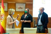 """Acuerdo """"histórico"""" de mejora retributiva para 10.000 enfermeros"""