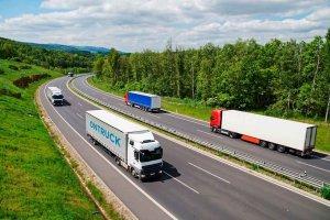 El transporte de mercancías, sin ayudas del Gobierno