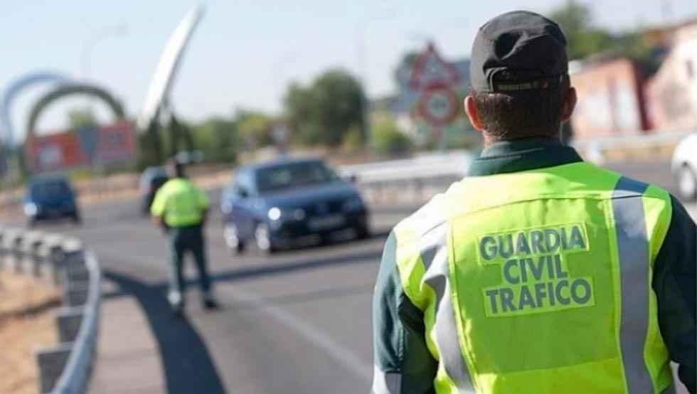 Fallece guardia civil tras caida de moto en A-62