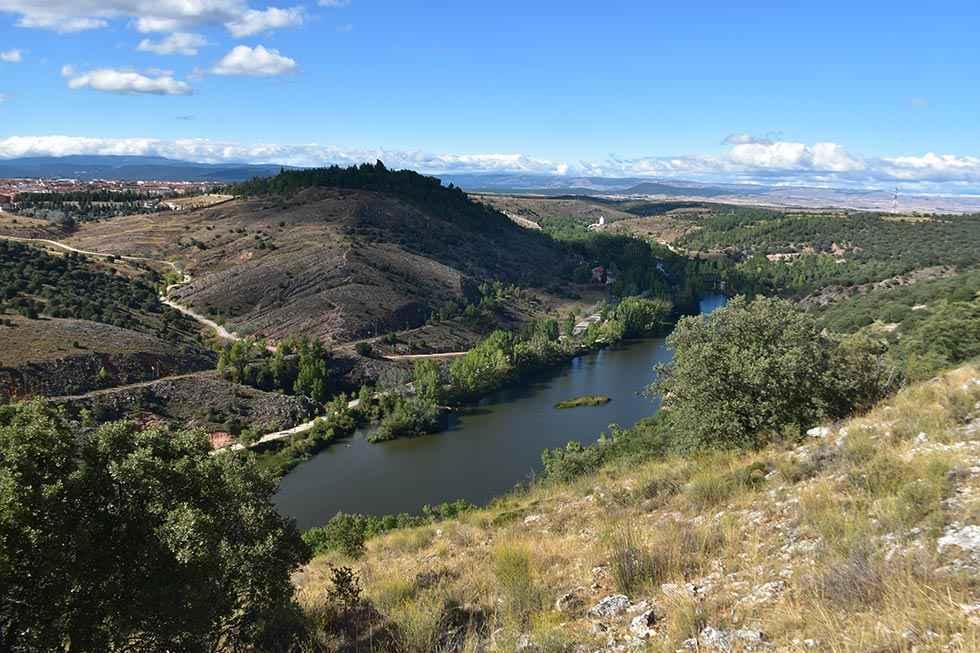 CICOP reclama preservación del Cerro de los Moros