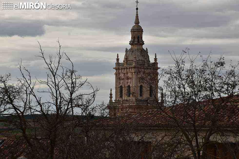 Avanza la instalación de ascensor en torre de catedral