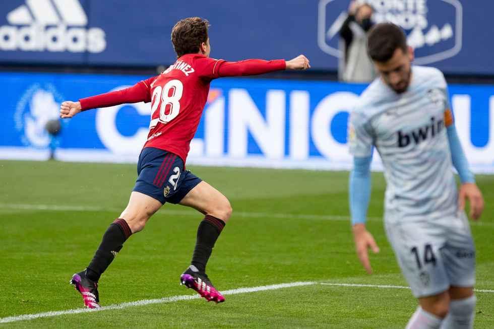 Javi Martínez se estrena como goleador en Primera