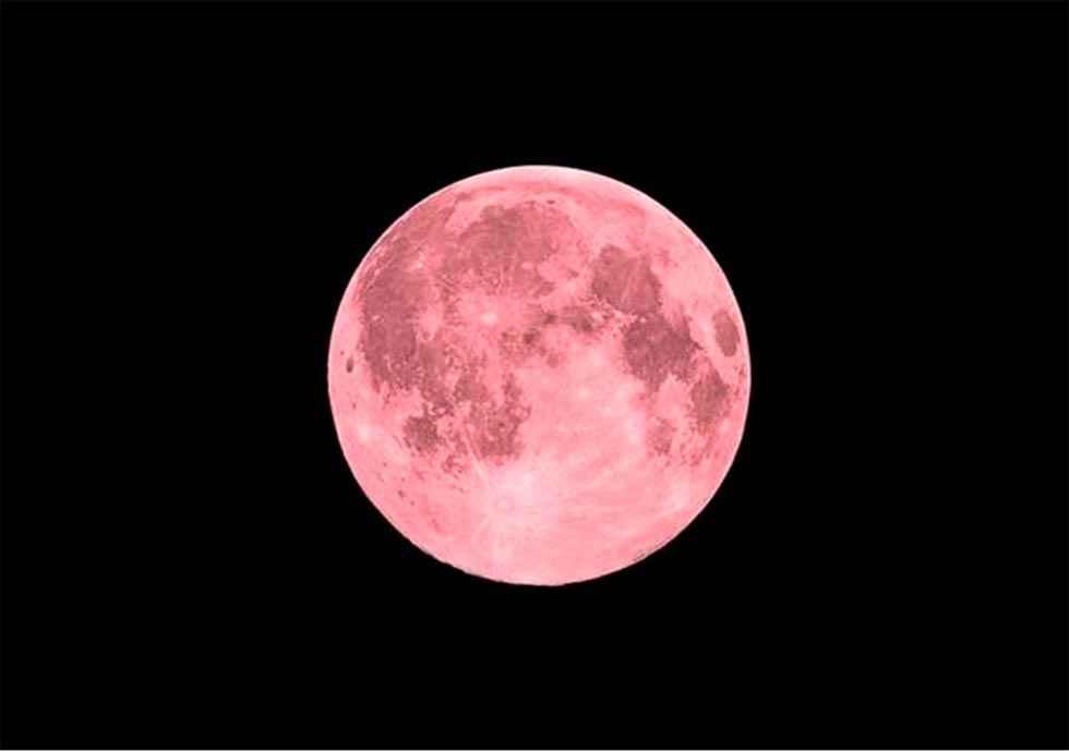 Ya está aquí la superluna rosa