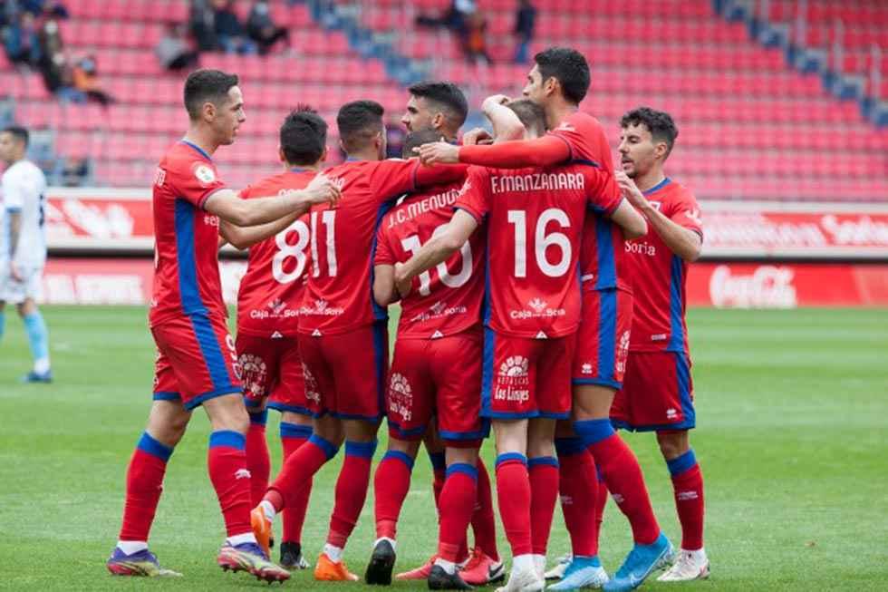 El Numancia gana y se jugará repesca en Ferrol