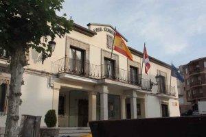 San Leonardo convoca plaza de administrativo