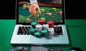El juego con dinero y el uso de Internet, muy extendidos