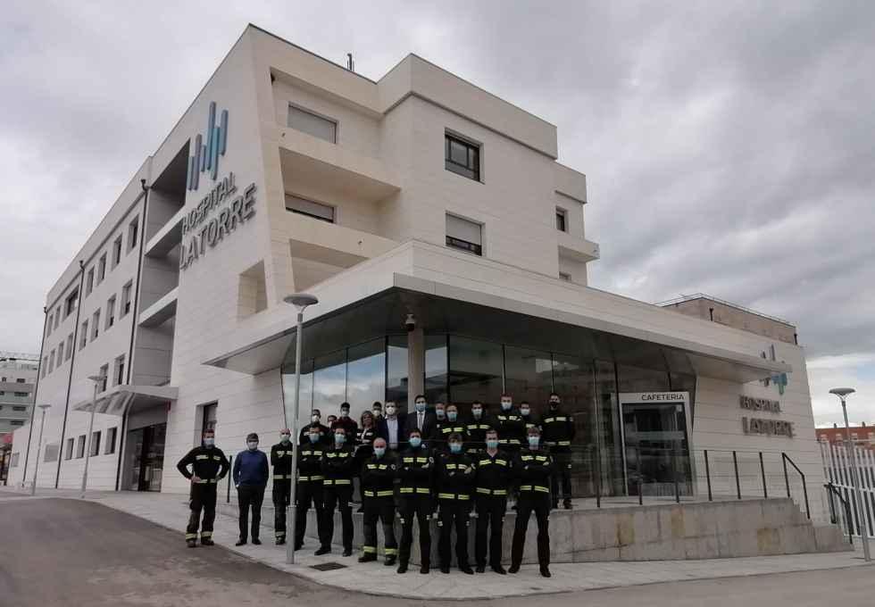 Los bomberos supervisan el hospital Latorre