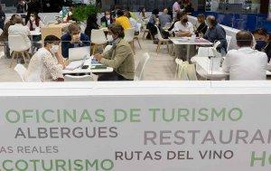 La Junta supera los 1.100 contactos comerciales en FITUR