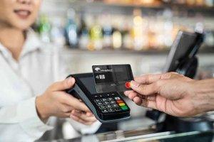 Unicaja Banco premia nueva tarjeta de crédito