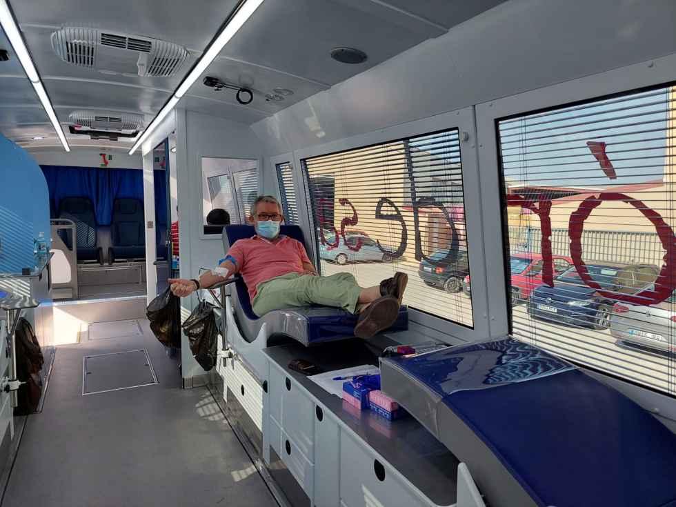 Una veintena de trabajadores donan sangre en COPISO