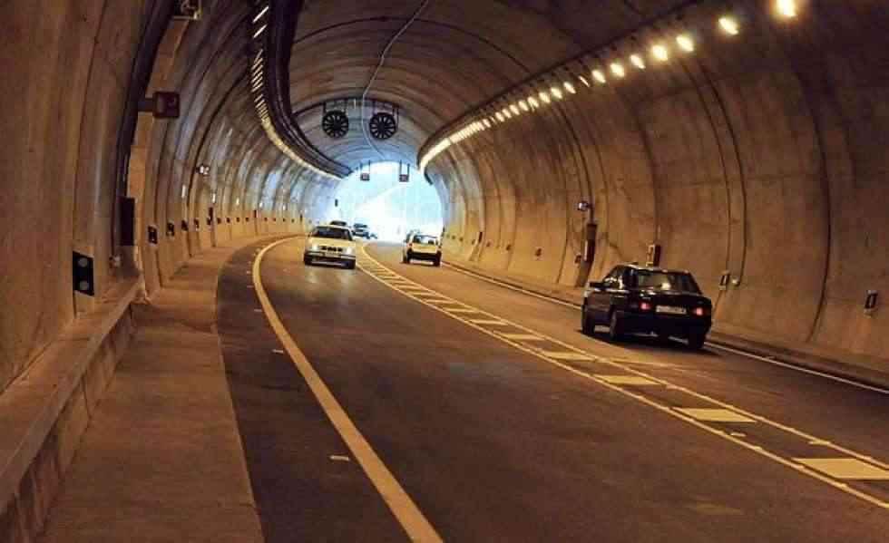 Cierre diurno del túnel de Piqueras