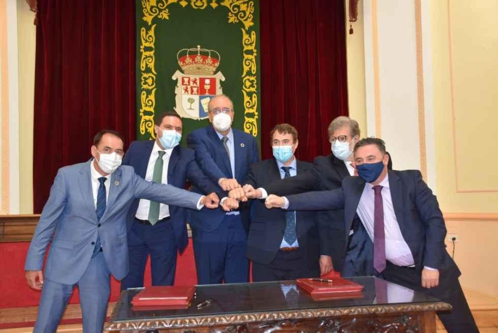 """Acuerdo """"histórico"""" de diputaciones contra despoblación"""