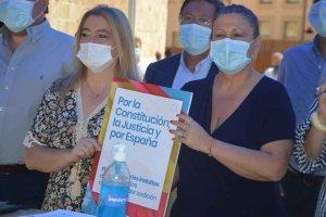 PP: 2.500 firmas contra los indultos - fotos