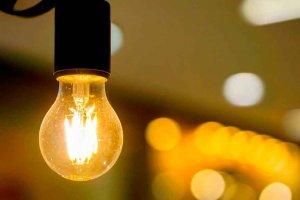 OCU: Junio, el mes con la electricidad más cara