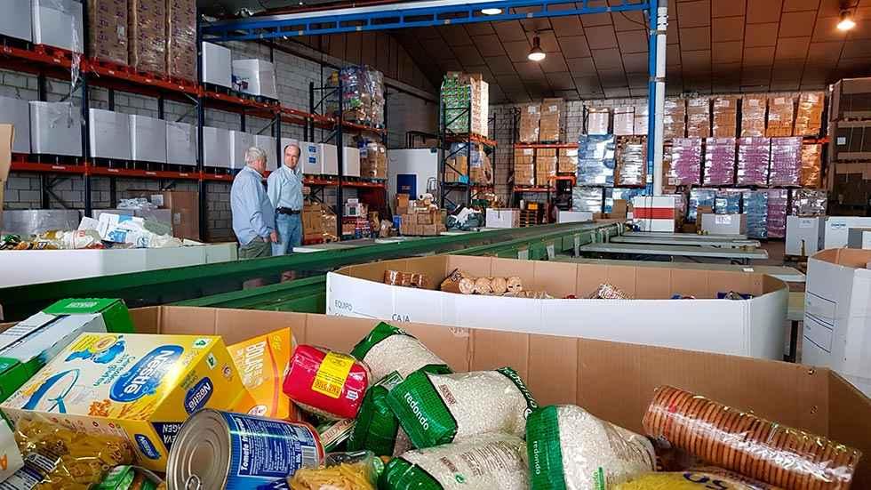 Reparto de ayuda alimentaria a más desfavorecidos