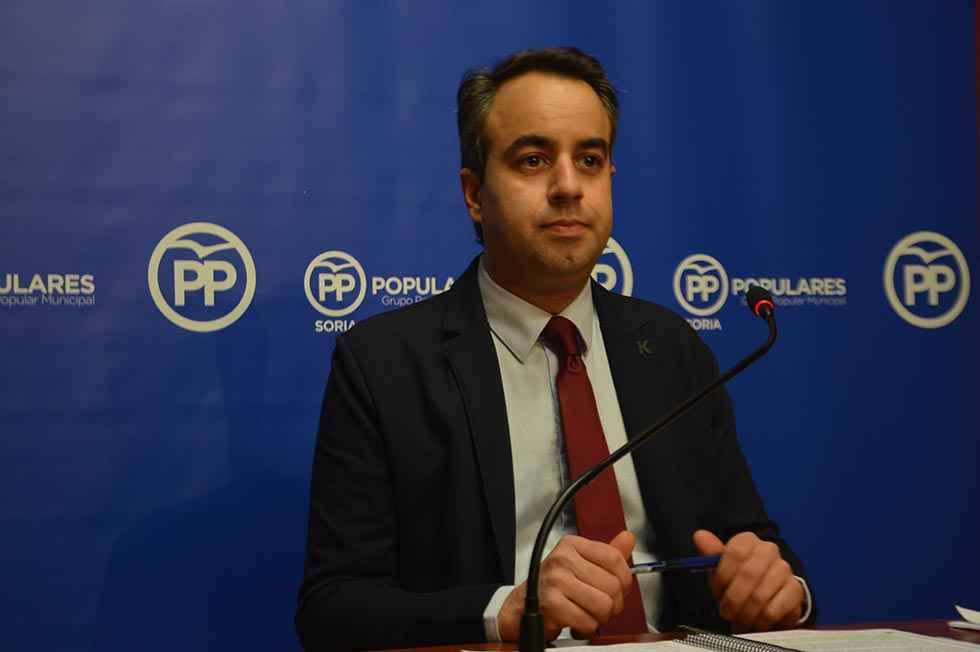 El PP pide explicaciones de dimisión de Muñiz