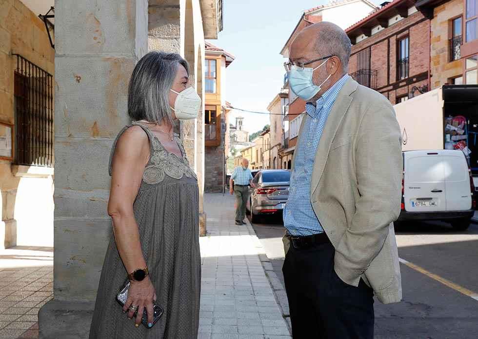 Igea anuncia medidas para frenar Covid entre jóvenes
