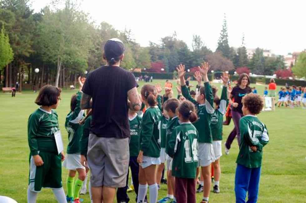 El PP insiste en licitación de actividades físico-deportivas