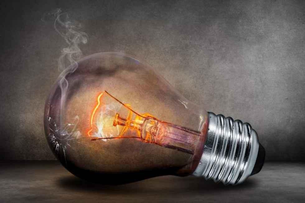 OCU denuncia la electricidad más cara de la historia