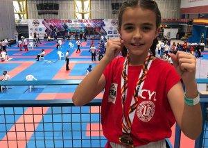 Adriana Verde, bronce en nacional de kickboxing