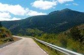 Corte de tráfico en carretera de Montenegro de Cameros