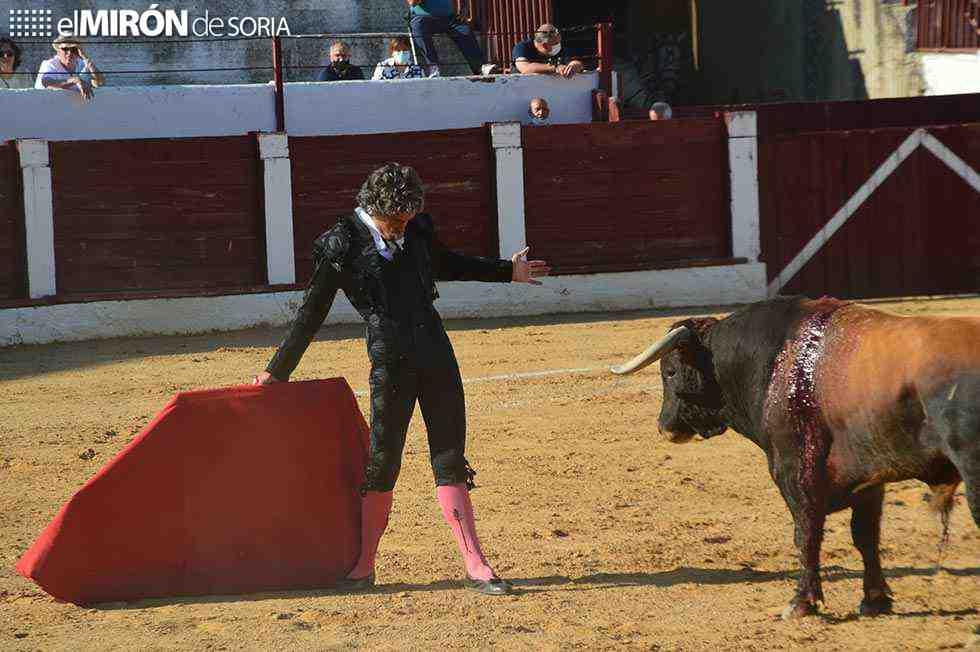 Rubén Sanz corta una oreja en Cuéllar
