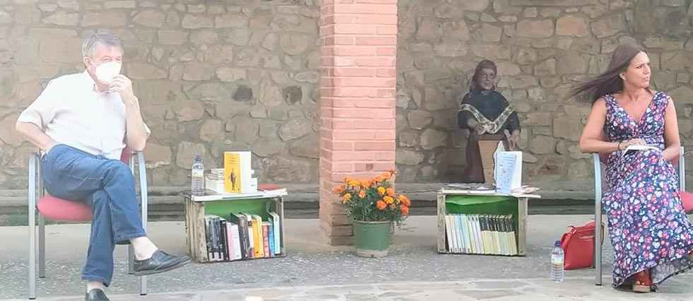Fuentecantos defiende la literatura como herramienta cultural