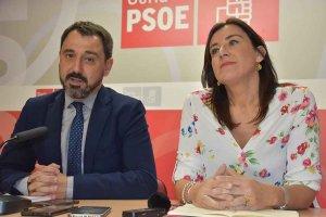 El PSOE urge los proyectos educativos de la Junta