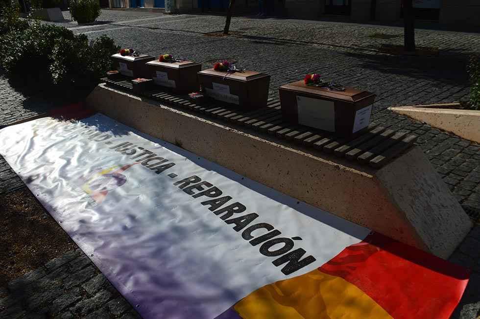 Recuerdo y homenaje a represaliados en La Riba