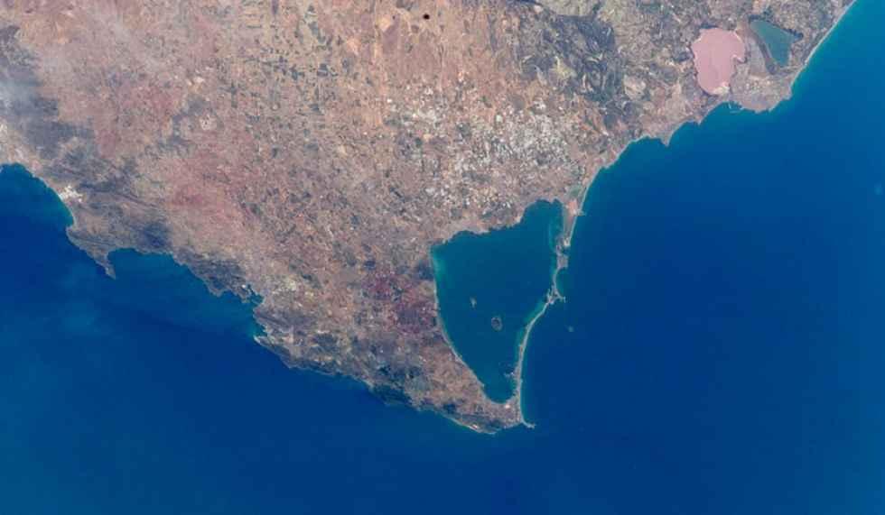 El vertido de fertilizantes degrada el mar Menor