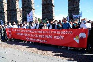 Tudanca se manifiesta para defender sanidad pública