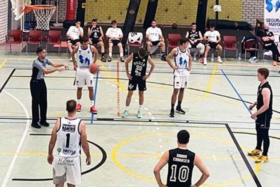 El CSB Translerarranca con victoria en Valladolid