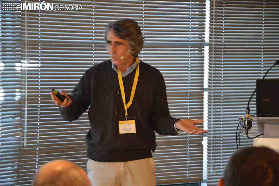 Soria analiza el futuro del oficio de resinero