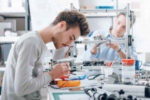 """El PP planteaformación en impresión 3D en """"La Clave"""""""