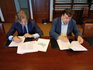 Firma del nuevo contrato de recogida de residuos