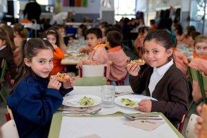 CC.OO. reivindica gestión pública en comedores escolares